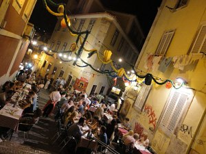 Straßen-Restaurant im Bairro Alto. (Foto: Sören Peters)