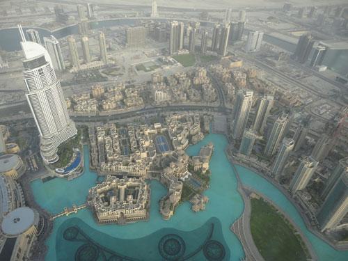 Blick vom Burj Khalifa auf Downtown Dubai. (Foto: Sören Peters)
