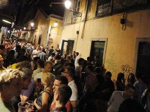 Nachtleben im Bairro Alto. (Foto: Sören Peters)