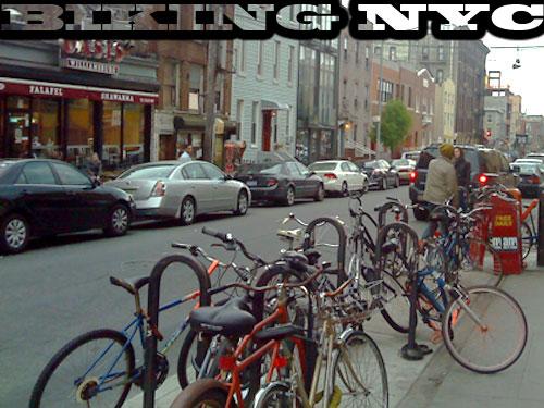 Abgestellte Fahrräder in Williamsburg/Brooklyn. (Foto: spe)