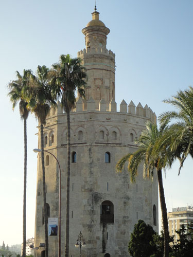 Torre del Oro am Ufer des Guadalquivir. (Foto: spe)