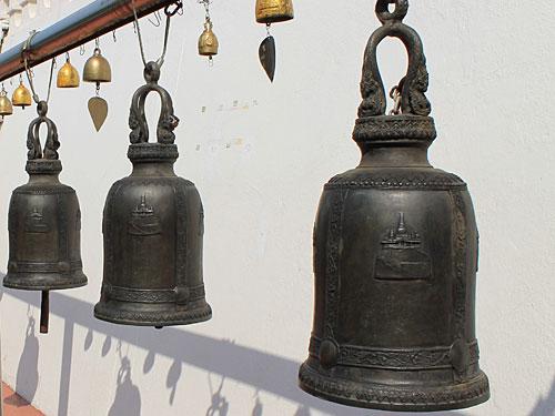 Glocken im Wat Saket. (Foto: Sören Peters)