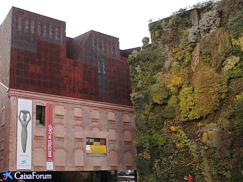 Ebenfalls am Paseo del Prado: Das Caixa Forum, Museum und Konferenzzentrum in einem. (Foto: spe)