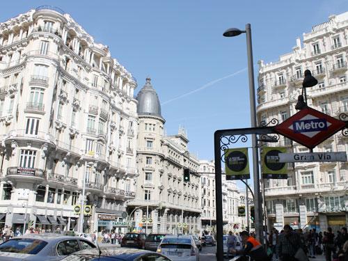 ...über die Gran Vía... (Foto: spe)