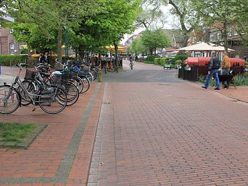 ...und dort die Barkhausenstraße. (Foto: Sören Peters)