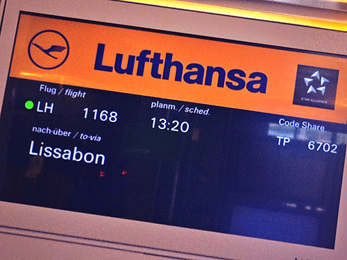 Boarding Time! Der Weg zum Gate glich jedoch einem Hindernislauf. (Foto: Sören Peters)