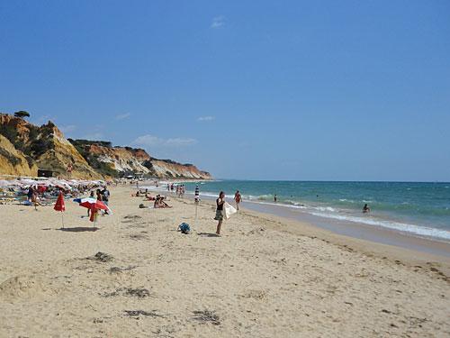 Praia do Barranco das Belharucas. (Foto: Sören Peters)