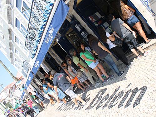 Warteschlange vor der Casa Pastéis de Belém. (Foto: Sören Peters)