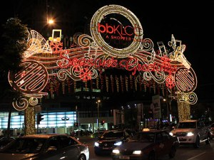 Season's Greeting an der Bukit Bintang. (Foto: Sören Peters)