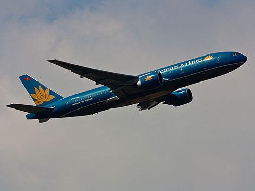"""Boeing 777 der Vietnam Airlines wie sie auf der Langstrecke zum Einsatz kommt. Unsere Erfahrungen mit der Skyteam-Airlines waren besser als der Ruf, der ihr im Internet vorauseilt. (Foto: <a href=""""http://www.flickr.com/photos/yakusa77/4519887413/"""">yakusa77</a> via <a href=""""http://photopin.com"""">photopin</a> <a href=""""http://creativecommons.org/licenses/by-nc-sa/2.0/"""">cc</a>)"""
