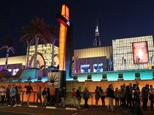 Beliebtes Ausflugsziel: Die Dubai Mall. 125 AED (25 Euro) kostet der Transfer. (Foto: Sören Peters)