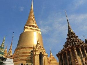 Gold-Chedi im Wat Phra Kaeo. (Foto: Sören Peters)