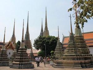 Chedis auf dem Gelände des Wat Pho. (Foto: Sören Peters)