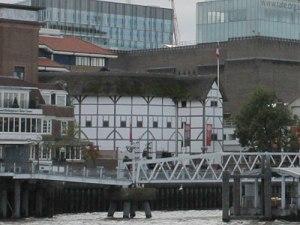 Viele Besucher halten den Nachbau an der Themse für das Original. (Foto: Sören Peters)