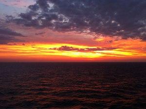 Sonnenaufgang über dem Ärmelkanal. (Foto: Sören Peters)