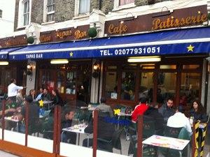 Bar estrela an der South Lambeth Road. (Foto: Sören Peters)