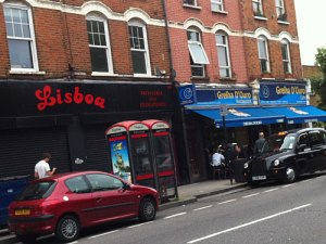 Das schwarze Taxi beweist: Wir sind wirklich in London. (Foto: Sören Peters)