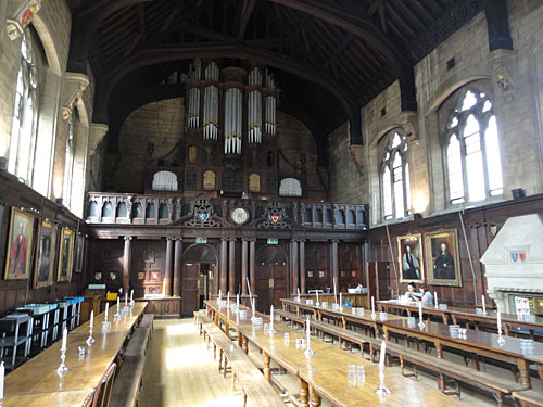 Essessaal mit Orgel: Hall des Balliol College in Oxford. (Foto: Sören Peters)