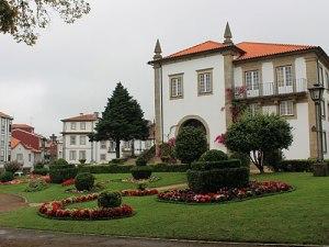 Herrschaftliche Häuser im Stadtkern von Ponte de Lima. (Foto: Sören Peters)