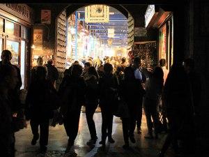 Eingang zum Gewürzbasar (Ägyptischer Basar). (Foto: Sören Peters)