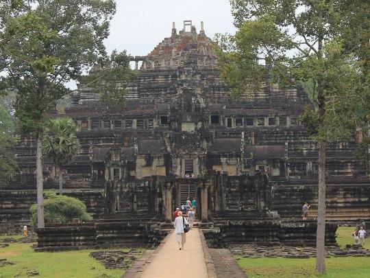 Ein weiterer Tempel auf dem Areal von Angkor Thom ist der Baphuon. (Foto: Sören Peters)