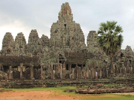 Anders als andere Anlagen verfügt der zentrale Bayon-Tempel über keinerlei Mauer. (Foto: Sören Peters)