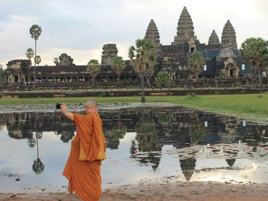 Selbst Mönche knipsen Selfies vor dieser Kulisse. (Foto: Sören Peters)