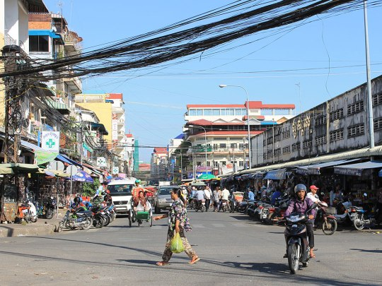 Straßenszene aus Phnom Penh, aufgenommen in der Nähe des Kandal Market. (Foto: Sören Peters)