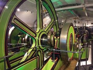 Historische Dampfpumpe im Maschinenraum, unter dem Südturm der Brücke. (Foto: Sören Peters)