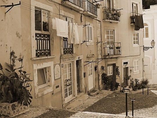 Beim Abstieg vom Castelo de São Jorge fiel mir diese Szene ins Auge. (Foto: Sören Peters)