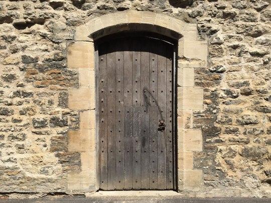 ...bevor wir den Rest der Fantasie überlassen. Auch wenn nicht jede Tür in ein Wunderland führt. (Foto: Sören Peters)