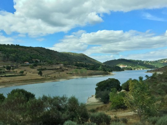 Die Talsperre Caldeirão in der Serra da Estrela. (Foto: Sören Peters)