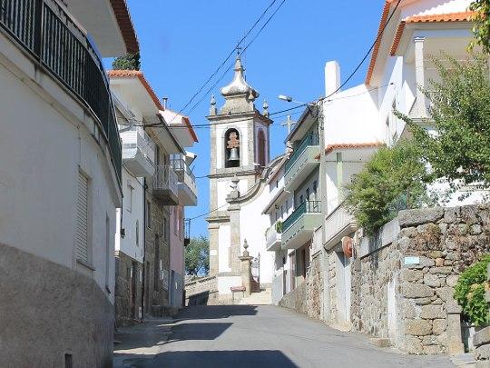 Unterwegs auf Portugals Straßen, hier in einem Dorf der Serra da Estrela. (Foto: Sören Peters)