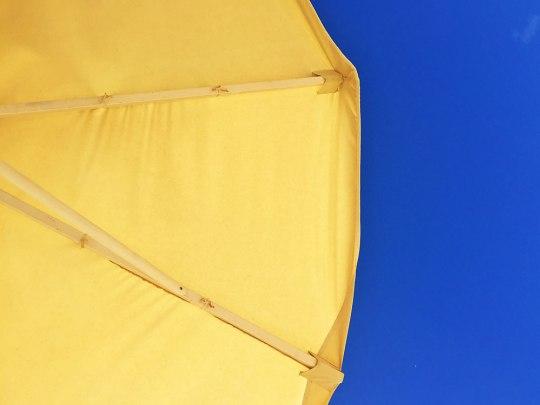 Unter'm Sonnenschirm lässt es sich aushalten! (Foto: Sören Peters)