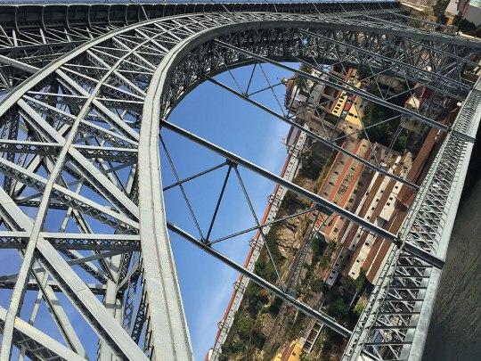 Die Ponte Dom Luis I. ist das wohl bekannteste Wahrzeichen der Stadt. (Foto: Sören Peters)